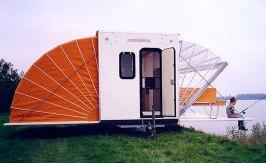 urban-camping-amsterdam-designboom-03