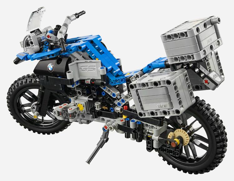 lego-bmw-r-1200-gs-adventure-4
