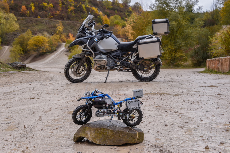 lego-bmw-r-1200-gs-adventure-5